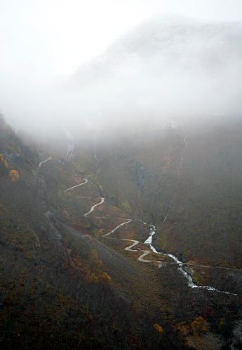 Hairpin Curve「Rallarveggen Seen From The Flåm Railway」:スマホ壁紙(9)