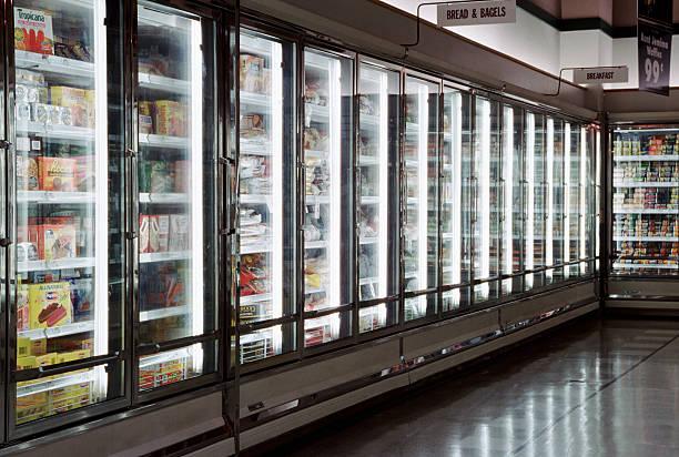 Froozen foods in a supermarket:スマホ壁紙(壁紙.com)