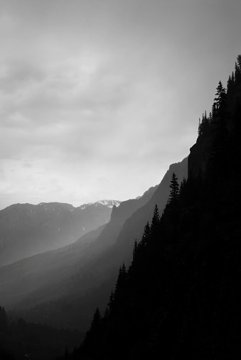 San Juan Mountains「abstract landscape mountain ridges in black and white」:スマホ壁紙(15)