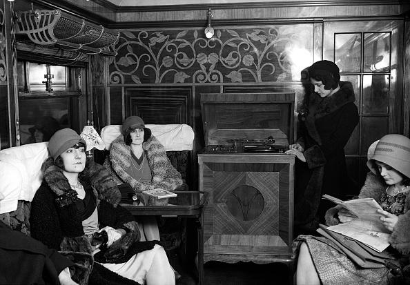 Passenger「First Class Travel」:写真・画像(4)[壁紙.com]