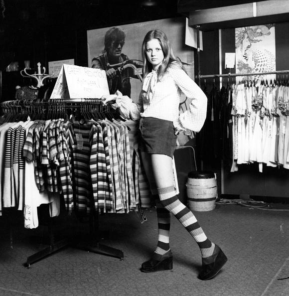 Teenager「Clothes Boutique」:写真・画像(19)[壁紙.com]