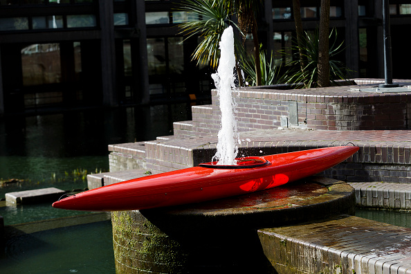 Barbican Art Gallery「Roman Signer: Slow Movement Installation At The Barbican Art Gallery」:写真・画像(15)[壁紙.com]