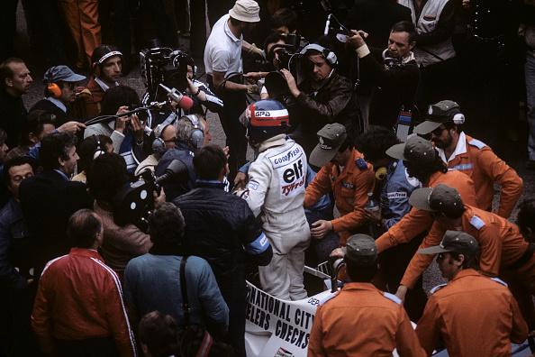 1人「Patrick Depailler, Grand Prix of Monaco」:写真・画像(9)[壁紙.com]