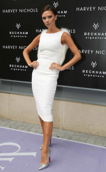 High Heels「Victoria Beckham Launches New Fragrance At Harvey Nichols」:写真・画像(6)[壁紙.com]