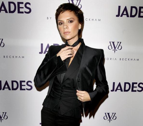 Necktie「Victoria Beckham Presents Jeans Collection In Duesseldorf」:写真・画像(4)[壁紙.com]
