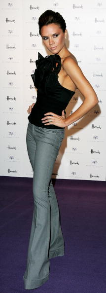 Flare Pants「GBR: Victoria Beckham Celebrates dVb Range At Harrods」:写真・画像(17)[壁紙.com]