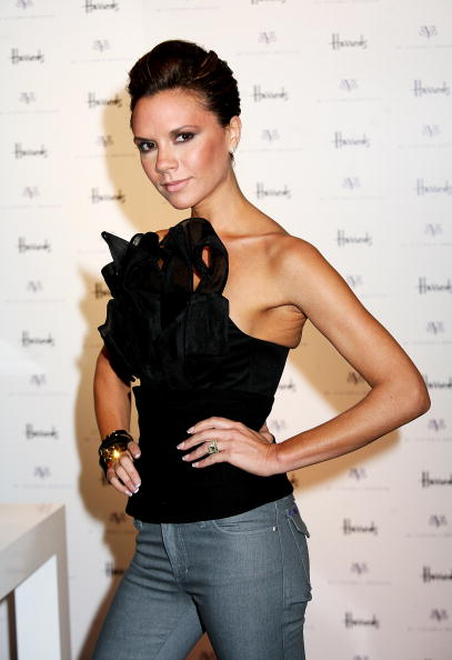Spice「GBR: Victoria Beckham Celebrates dVb Range At Harrods」:写真・画像(7)[壁紙.com]