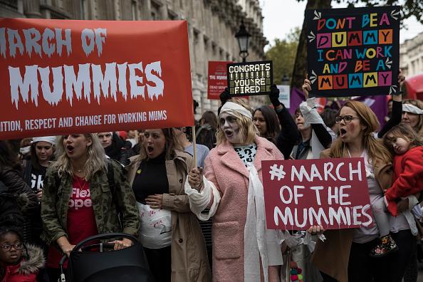 Parent「March Of The Mummies Protest Against Maternity Discrimination」:写真・画像(17)[壁紙.com]