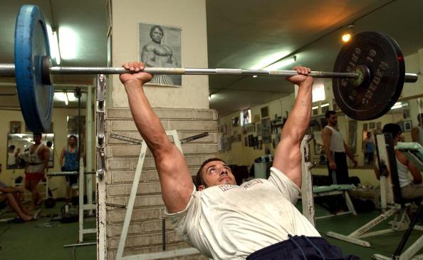 Weight「Iraqis Idolize Arnold Schwarzenegger」:写真・画像(15)[壁紙.com]
