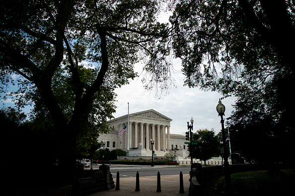 Organized Group「Senate Prepares For Supreme Court Nomination Hearings After Trump Selects Amy Coney Barrett For Open Seat」:写真・画像(0)[壁紙.com]