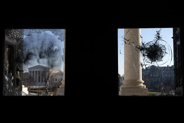 Damaged「Washington DC Tense After U.S. Capitol Is Stormed By Protestors」:写真・画像(1)[壁紙.com]