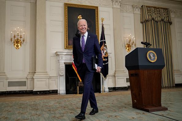 Full Length「President Biden Delivers Remarks On March Jobs Report」:写真・画像(12)[壁紙.com]