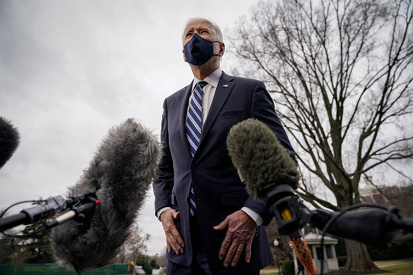South Lawn「President Biden Departs White House For Philadelphia」:写真・画像(12)[壁紙.com]