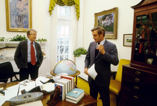 Vice President「Jimmy Carter And Walter Mondale Meet In White House」:写真・画像(16)[壁紙.com]