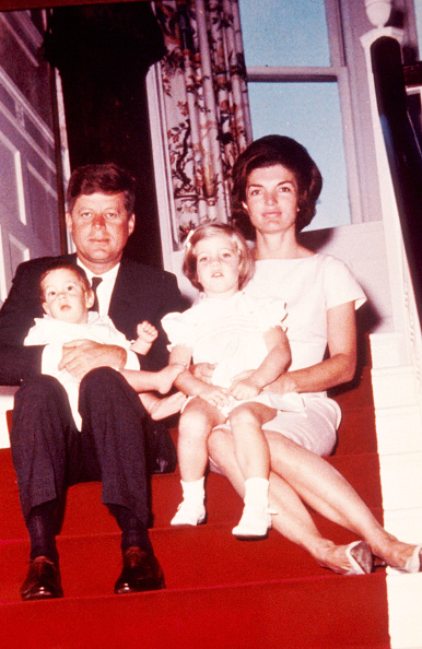 Family「John F Kennedy Left His Wife Jacqueline Kennedy And Their Chil」:写真・画像(19)[壁紙.com]