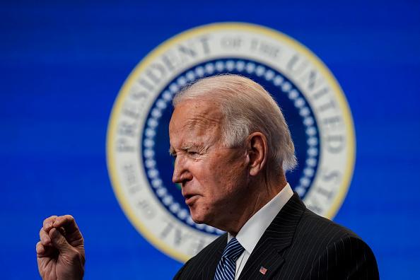 Executive Order「President Biden Signs Executive Order After Delivering Remarks On American Manufacturing」:写真・画像(12)[壁紙.com]
