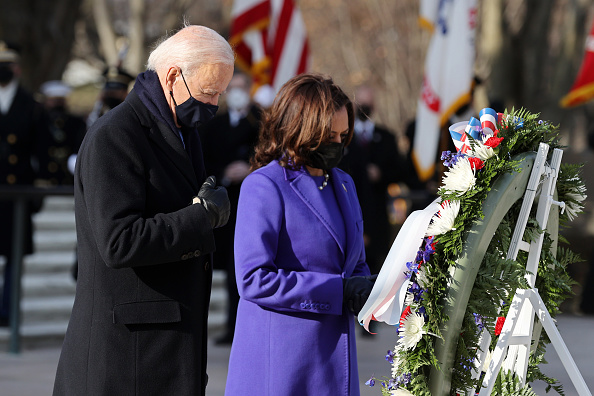 Arlington - Virginia「Joe Biden Marks His Inauguration With Full Day Of Events」:写真・画像(6)[壁紙.com]