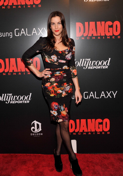 """Hosiery「The Weinstein Company With The Hollywood Reporter, Samsung Galaxy And The Cinema Society Host A Screening Of """"Django Unchained""""  - Arrivals」:写真・画像(4)[壁紙.com]"""