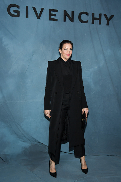 Liv Tyler「Givenchy : Photocall - Paris Fashion Week Womenswear Spring/Summer 2019」:写真・画像(18)[壁紙.com]