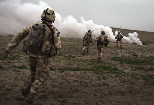 Army Soldier「British Forces Battle Taliban In Helmand Province」:写真・画像(9)[壁紙.com]