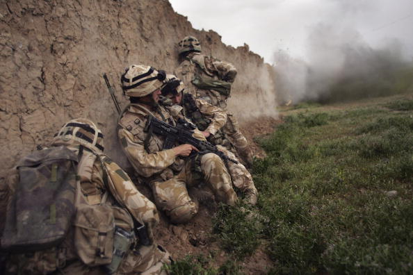 Taliban「British Forces Battle Taliban In Helmand Province」:写真・画像(6)[壁紙.com]
