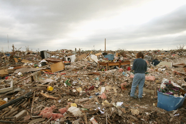 Damaged「Moore Continues Slow Recovery One Week After Massive Tornado Hits」:写真・画像(19)[壁紙.com]