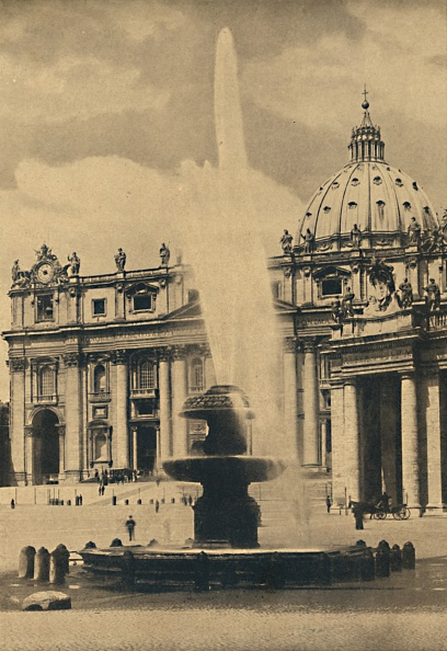 Circa 15th Century「Roma - St Peters Square Fountain And Facade By Carlo Maderno Cupola By Michelangelo 1910」:写真・画像(7)[壁紙.com]