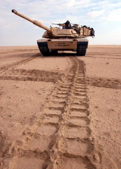 Middle East「U.S. Troops Train Near Iraqi Border」:写真・画像(11)[壁紙.com]