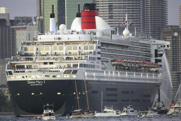 Passenger Craft「Queen Mary II Arrives in Sydney Harbour」:写真・画像(0)[壁紙.com]
