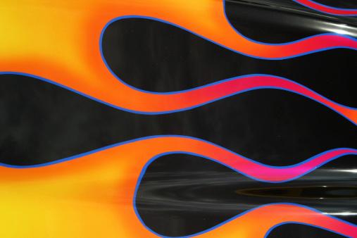 Restoring「Auto Car - Black With Flames 1」:スマホ壁紙(1)