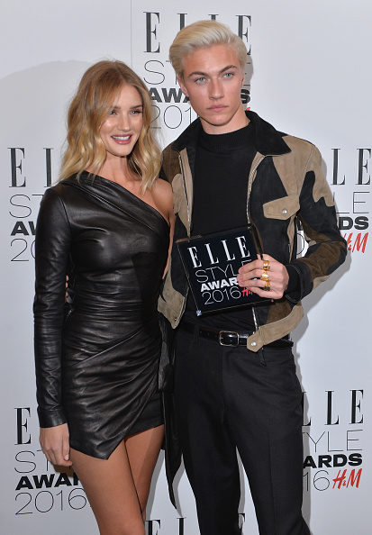Rosie Huntington-Whiteley「Elle Style Awards 2016 - Winners Room」:写真・画像(11)[壁紙.com]