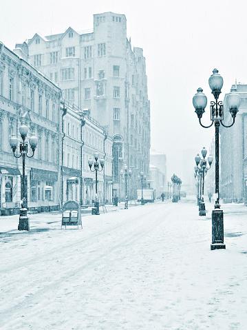 Frozen「Arbat winter street, Moscow, Russia」:スマホ壁紙(9)