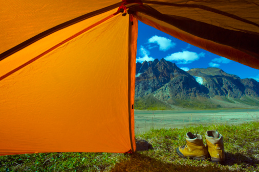 Baffin Island「Tent and boots by mountains」:スマホ壁紙(17)