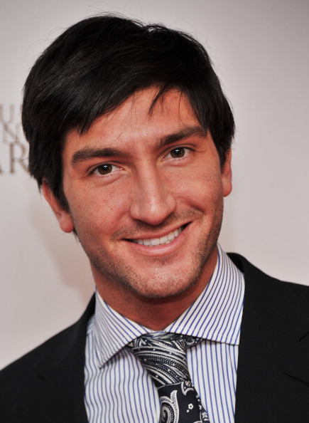 Evan Lysacek「Disney On Ice Presents 'Princess Wishes' - Opening Night」:写真・画像(13)[壁紙.com]