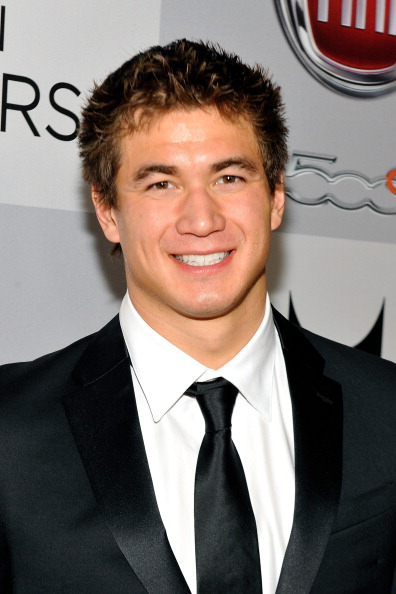 Nathan Adrian「NBCUniversal Golden Globes Viewing And After Party - Red Carpet」:写真・画像(4)[壁紙.com]