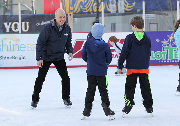 Scott Hamilton - Figure Skater「2016 NHL All-Star - Shine Bright Campaign」:写真・画像(10)[壁紙.com]
