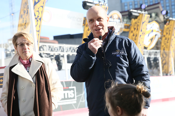 Scott Hamilton - Figure Skater「2016 NHL All-Star - Shine Bright Campaign」:写真・画像(18)[壁紙.com]