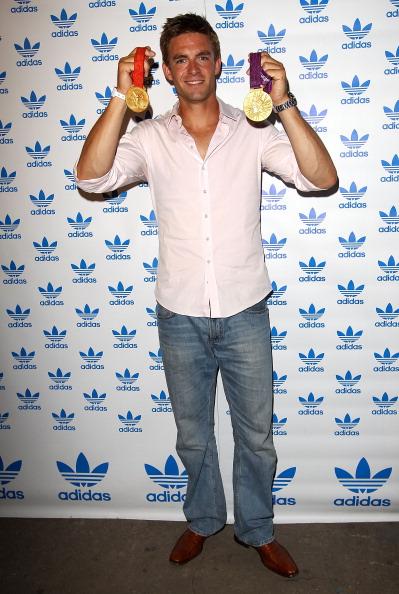 Medalist「The Stone Roses - Adidas Secret Gig」:写真・画像(5)[壁紙.com]