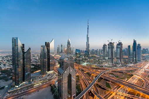 Sheikh Zayed Road「Dubai skyline」:スマホ壁紙(11)
