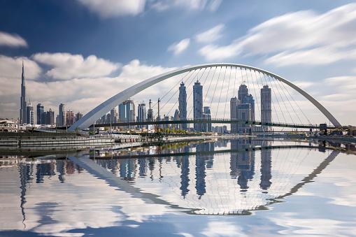 Burj Khalifa「Dubai skyline reflection with burj khalifa,  United Arab Emirates」:スマホ壁紙(17)