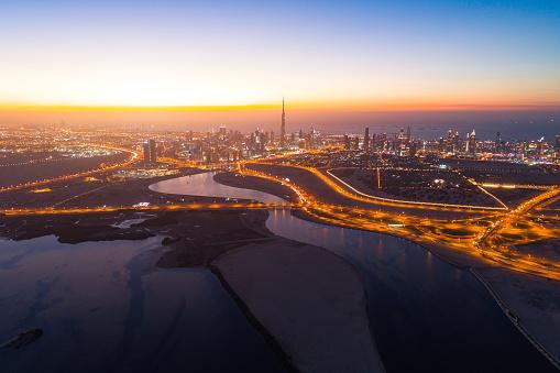 Elevated Road「Dubai skyline」:スマホ壁紙(2)