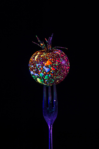 Creativity「Small tomato」:スマホ壁紙(8)