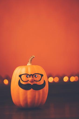 Nerd「Halloween background with cute mustached pumpkin character」:スマホ壁紙(4)
