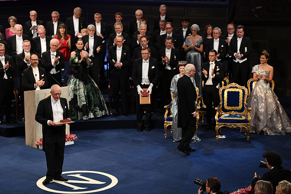 Economy「The Nobel Prize Award Ceremony 2016」:写真・画像(13)[壁紙.com]