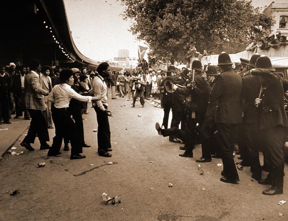 対決「Notting Hill Riot」:写真・画像(8)[壁紙.com]