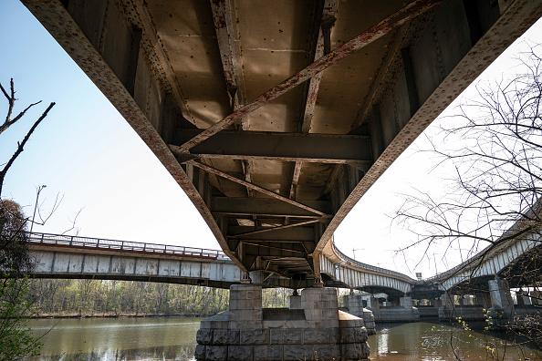 Bridge - Built Structure「Biden Administration Pushes Infrastructure Bill Costing Over $2 Trillion」:写真・画像(19)[壁紙.com]