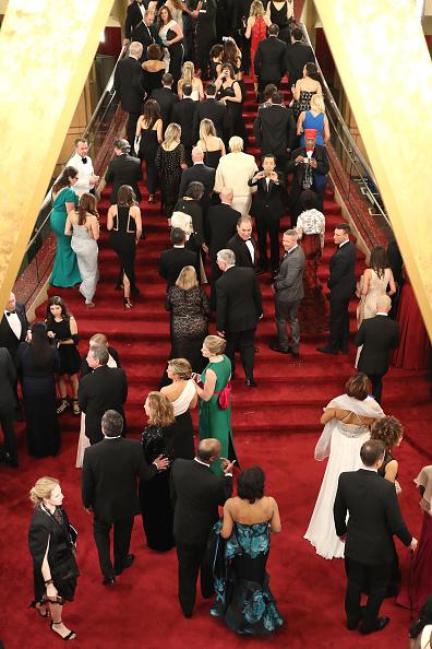 Guest「89th Annual Academy Awards - Red Carpet」:写真・画像(4)[壁紙.com]