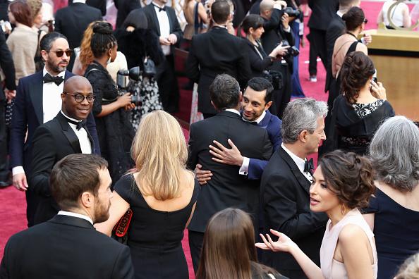 Guest「89th Annual Academy Awards - Red Carpet」:写真・画像(2)[壁紙.com]