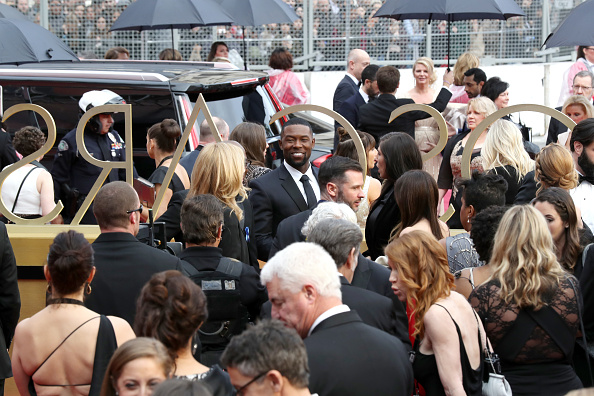 Guest「89th Annual Academy Awards - Red Carpet」:写真・画像(0)[壁紙.com]