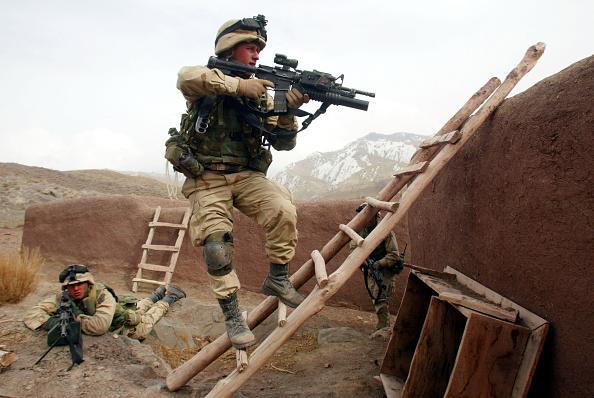Operation Anaconda「United States Forces in Eastern Afghanistan Battle the al Qaida and Taliban」:写真・画像(2)[壁紙.com]